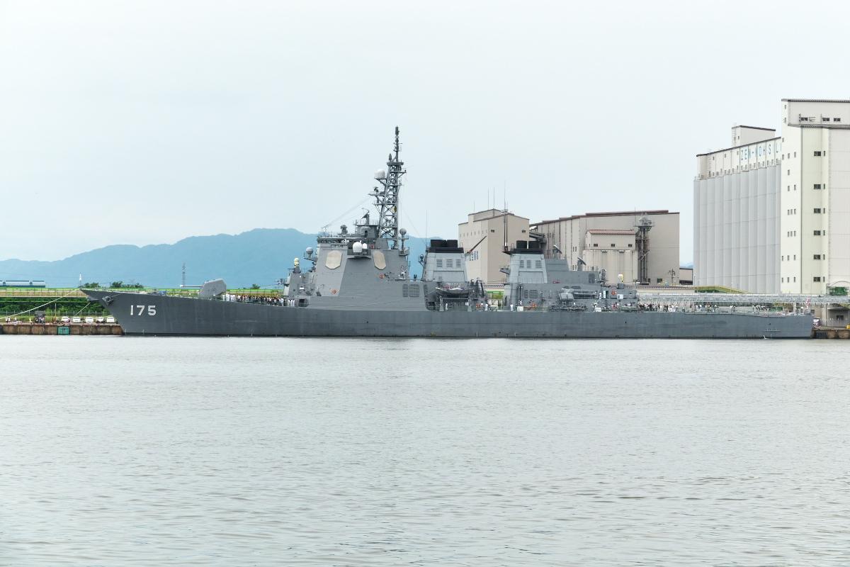 護衛艦「みょうこう」一般公開@新潟東港_d0137627_20043003.jpg