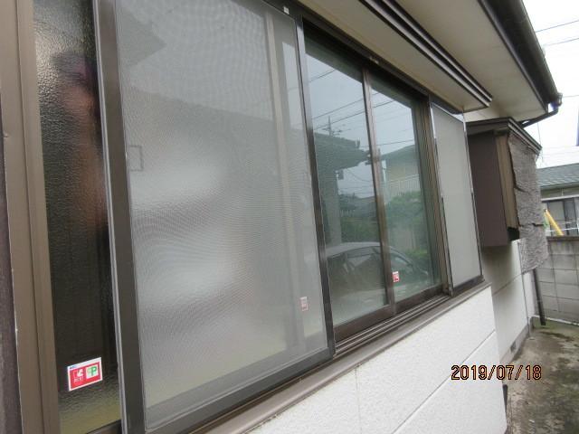 内窓取付けと防犯ガラスに交換で安心・安全をプラス…_d0244968_18123916.jpg
