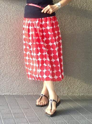ふんわりスカートは涼しい_b0210699_03202672.jpeg