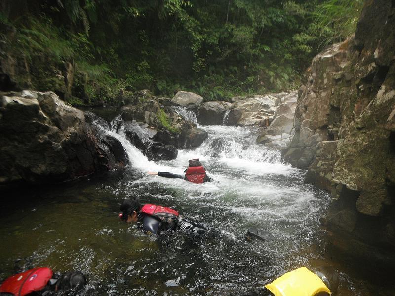 夏のカヌーと川遊びやってます♪_f0121321_13151451.jpg