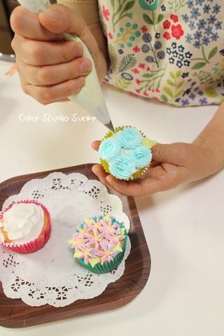 カップケーキ体験クラスでした!_f0281084_10151301.jpg