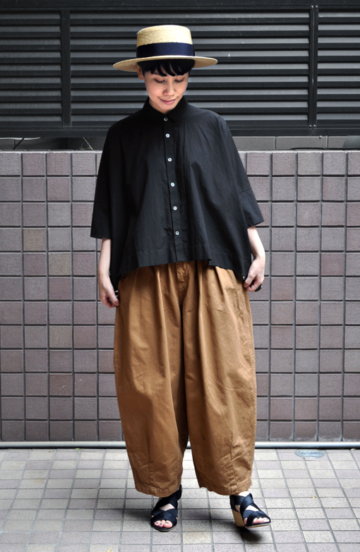 「カジュアルワイド半袖シャツ」ブラック再入荷のお知らせ_d0193211_13425418.jpg