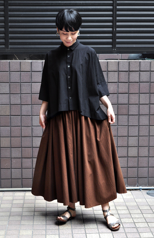 「カジュアルワイド半袖シャツ」ブラック再入荷のお知らせ_d0193211_13431067.jpg