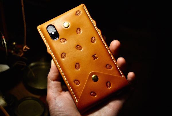 iphone Xs leather case_b0172633_20355488.jpg