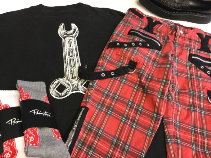 「 TOOL Tシャツ & TRIPP パンクショーツ 」_c0078333_19174541.jpg