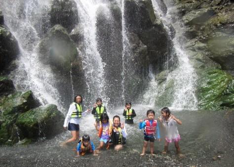 奄美の海遊び「青の洞窟・珊瑚礁・さかな釣り」_c0203337_20411535.jpg