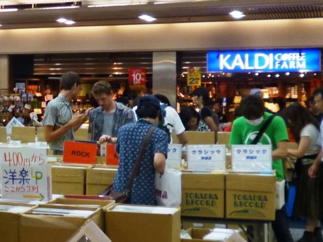 第7回 京都レコード祭り 最終日の賑わい_e0230141_22340199.jpg