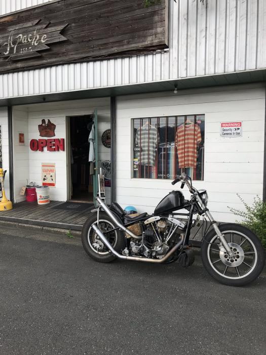 本日のバイク!_f0194657_18375140.jpg