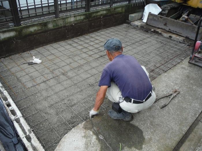 ウッドデッキ ~ コンクリート打ち_d0165368_04593167.jpg