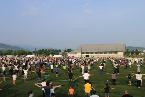 NHKラジオ体操によって健康増進!_c0075701_14210351.jpg