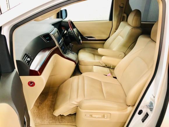 7月30日(火)本店ブログ ヴェルファイア3.5V Lエディション 4WD_b0127002_15531391.jpg