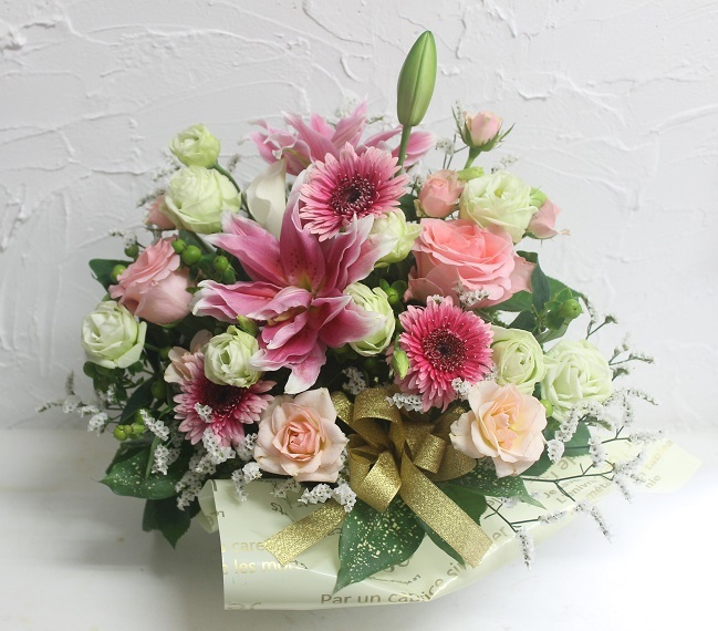 生花のアレンジメント_d0227610_15085314.jpg