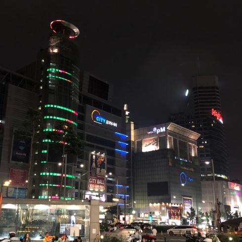 19年7月ソウル その2☆セール真っ盛りの東大門apM  PLACEへ_d0285416_19290133.jpg