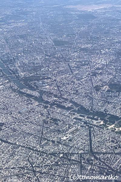 空から眺めたベネチアとパリ_c0024345_16172965.jpg