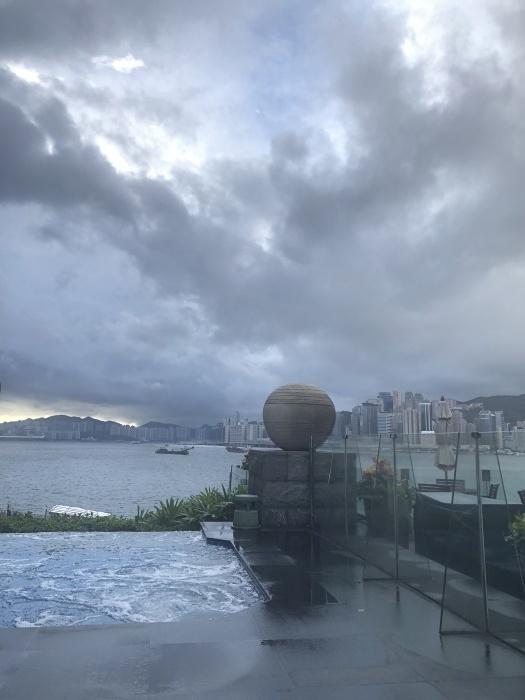 香港の変わらない空_a0169924_20380750.jpeg