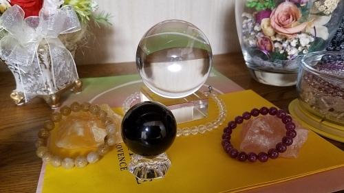 ❤ 球体の天然石で小宇宙をイメージ!_b0313261_17500177.jpg