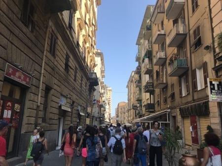ラ・スペツィア、15分の町歩き_a0136671_00055129.jpg