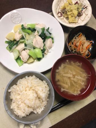 鶏肉とチンゲン菜の炒め物_d0235108_21503481.jpg