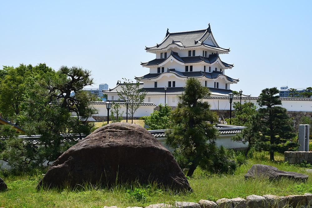 平成最後の築城、145年ぶりに甦った尼崎城天守。_e0158128_11070378.jpg