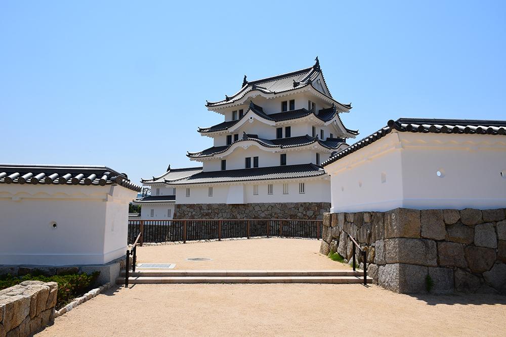 平成最後の築城、145年ぶりに甦った尼崎城天守。_e0158128_11130271.jpg