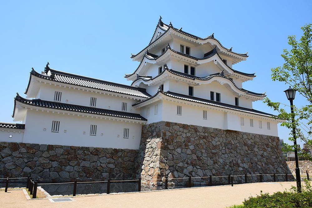 平成最後の築城、145年ぶりに甦った尼崎城天守。_e0158128_11165573.jpg