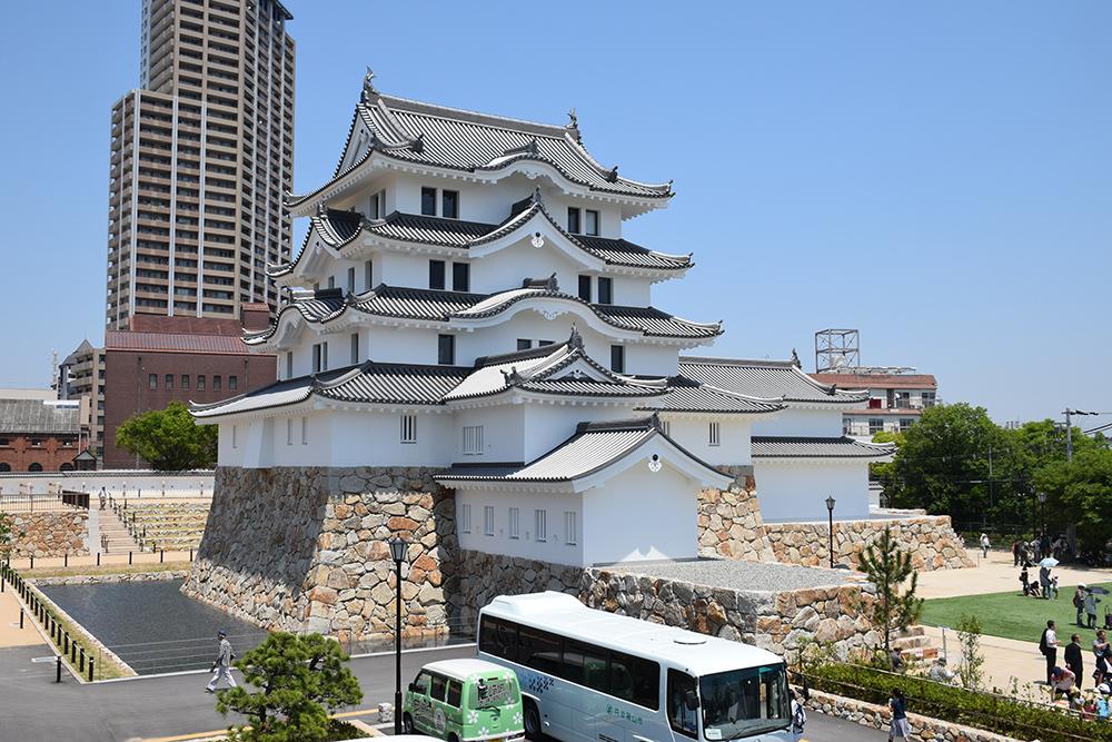 平成最後の築城、145年ぶりに甦った尼崎城天守。_e0158128_11300879.jpg