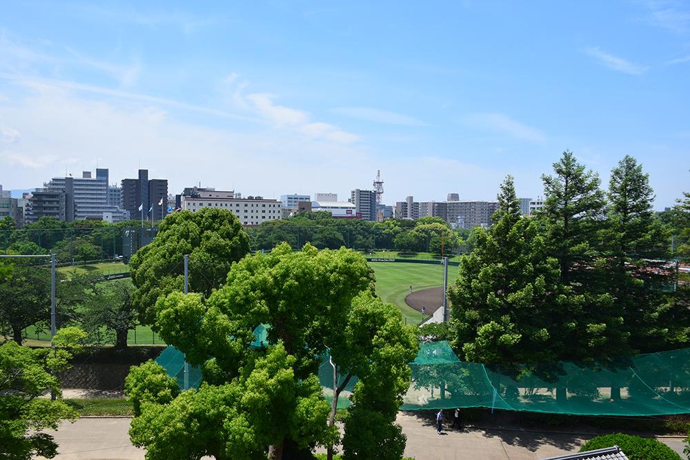 築城400周年の明石城を歩く。 その4 <稲荷郭>_e0158128_17443018.jpg