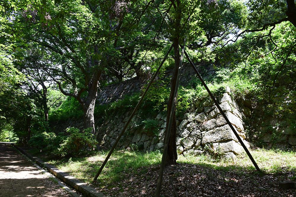 築城400周年の明石城を歩く。 その4 <稲荷郭>_e0158128_17531248.jpg
