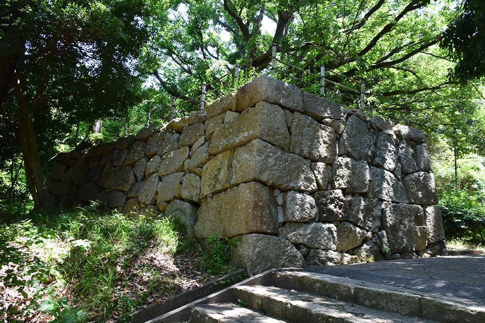 築城400周年の明石城を歩く。 その4 <稲荷郭>_e0158128_18123920.jpg