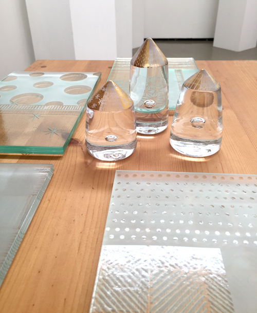 【平井睦美 作品展〜on the TableⅢ】新提案!夜空色グラスで夏の夜を楽しんで!_a0017350_06191707.jpg