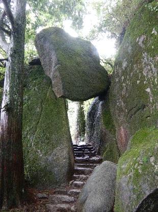 筑波山は岩の山_e0077899_204155.jpg