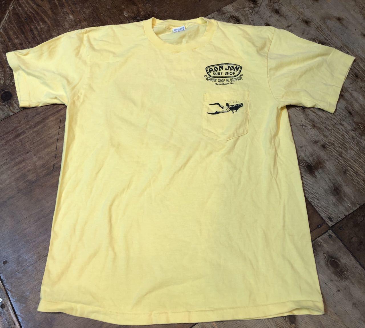 8/3(土)入荷!80s MADE IN U.S.A RON JON SURF SHOP バックプリント ポケットTシャツ!_c0144020_14183237.jpg