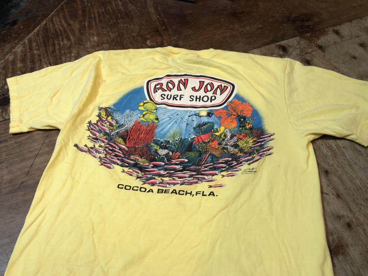 8/3(土)入荷!80s MADE IN U.S.A RON JON SURF SHOP バックプリント ポケットTシャツ!_c0144020_14183783.jpg