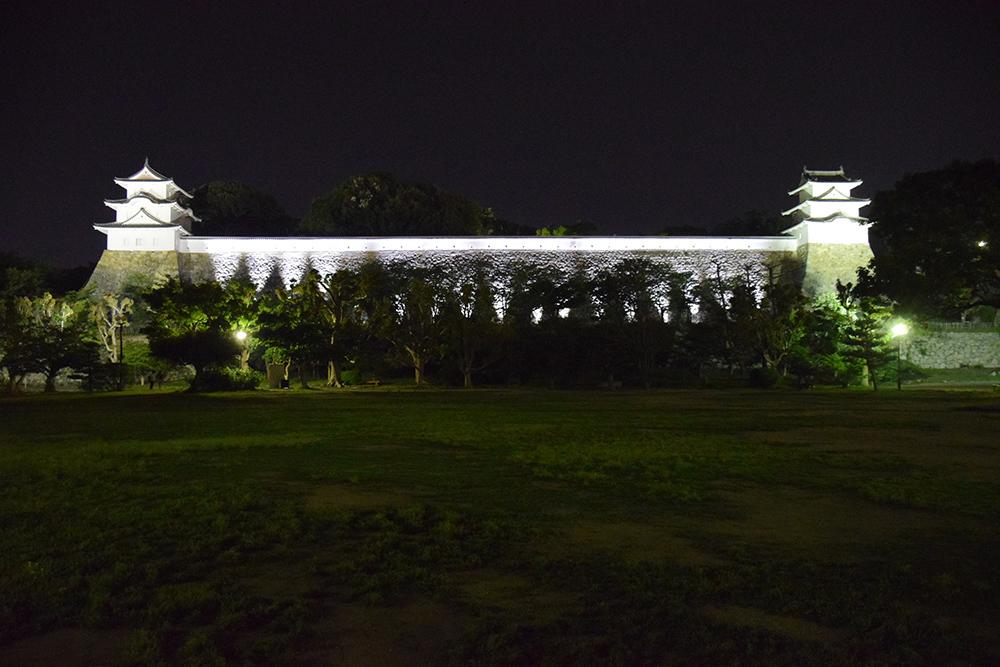 築城400周年の明石城を歩く。 その10 <ライトアップ>_e0158128_14353604.jpg