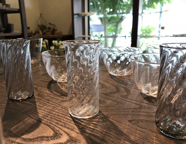 ブルーベリー収穫とガラスの器_b0100229_16163961.jpg
