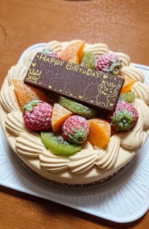 手づくりケーキの店 Atelier エルの【荒湯生キャラメルロール&ケーキ_f0112434_14375178.jpg