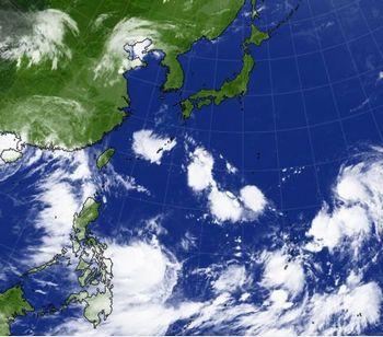 気になる台風 💛 今日のbento♪_c0139375_12484295.jpg