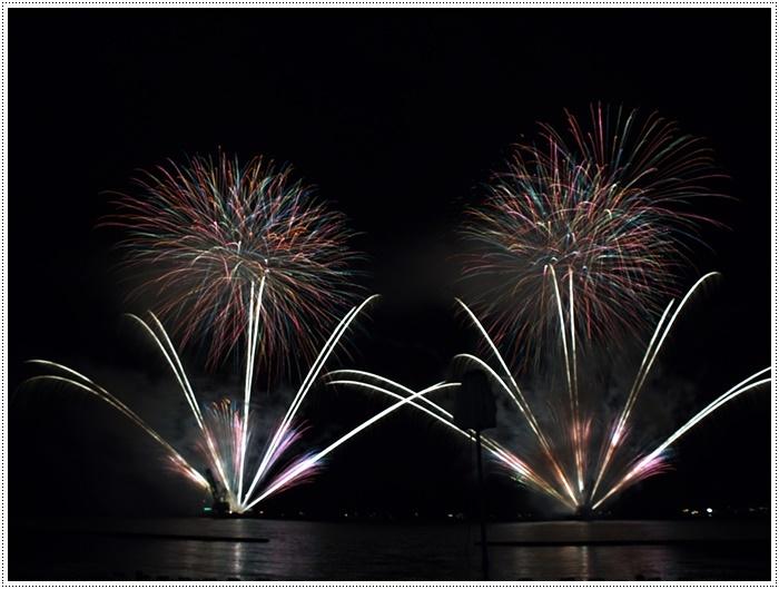 花火の撮影は本当に難しいですね、見る花火から撮る花火、いつになったら上手になるのか。。_b0175688_09155830.jpg