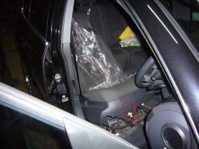 VWトゥアレグ エアバッグランプ点灯 修理_c0267693_12072428.jpg