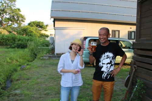 黒田充紀・三佳ご夫妻オーナーのDARAKE農園のビアパーティーに参加_c0075701_20542086.jpg