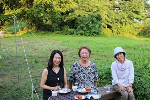 黒田充紀・三佳ご夫妻オーナーのDARAKE農園のビアパーティーに参加_c0075701_20543360.jpg