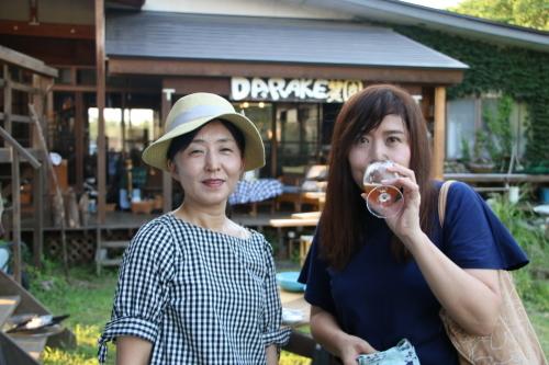 黒田充紀・三佳ご夫妻オーナーのDARAKE農園のビアパーティーに参加_c0075701_20560551.jpg