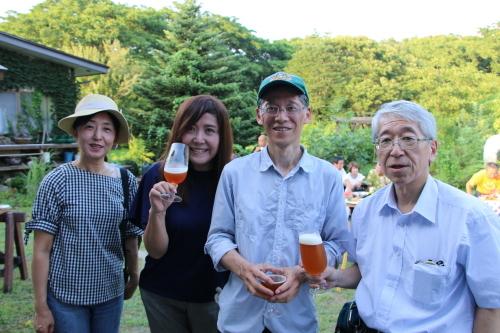 黒田充紀・三佳ご夫妻オーナーのDARAKE農園のビアパーティーに参加_c0075701_20565085.jpg