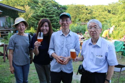 黒田充紀・三佳ご夫妻オーナーのDARAKE農園のビアパーティーに参加_c0075701_20565783.jpg