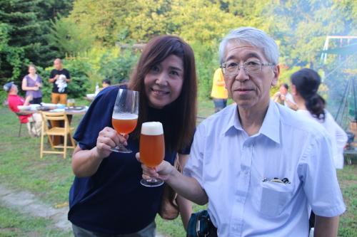 黒田充紀・三佳ご夫妻オーナーのDARAKE農園のビアパーティーに参加_c0075701_20570280.jpg