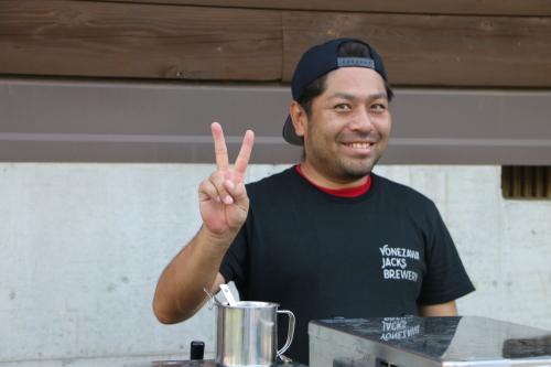 黒田充紀・三佳ご夫妻オーナーのDARAKE農園のビアパーティーに参加_c0075701_20571515.jpg