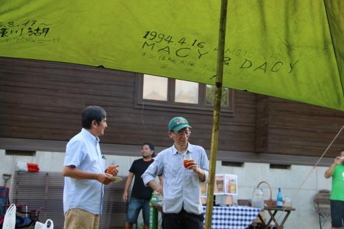 黒田充紀・三佳ご夫妻オーナーのDARAKE農園のビアパーティーに参加_c0075701_20573590.jpg