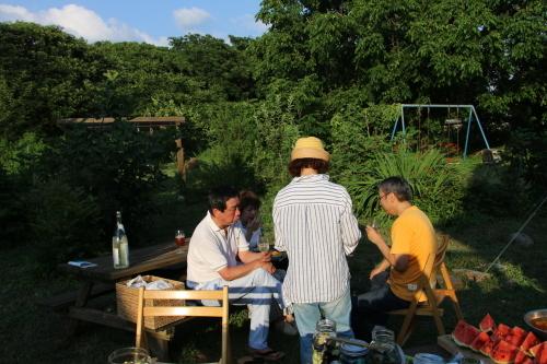 黒田充紀・三佳ご夫妻オーナーのDARAKE農園のビアパーティーに参加_c0075701_20584445.jpg