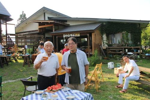 黒田充紀・三佳ご夫妻オーナーのDARAKE農園のビアパーティーに参加_c0075701_20593296.jpg