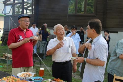 黒田充紀・三佳ご夫妻オーナーのDARAKE農園のビアパーティーに参加_c0075701_21013124.jpg
